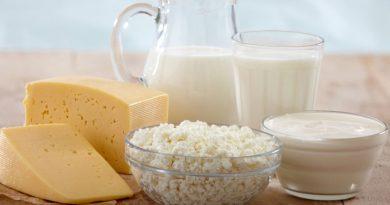 Πωλήσεις γαλακτοκομικών οικοτεχνίας και στα καταστήματα