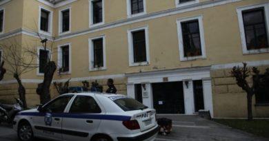 Στον εισαγγελέα οι 32 συλληφθέντες από τα χθεσινά επεισόδια στα Εξάρχεια