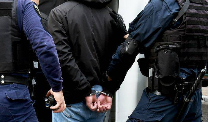 Αποτέλεσμα εικόνας για Νεμέα: Συνελήφθησαν 2 άτομα  για εκβίαση επιχειρηματία